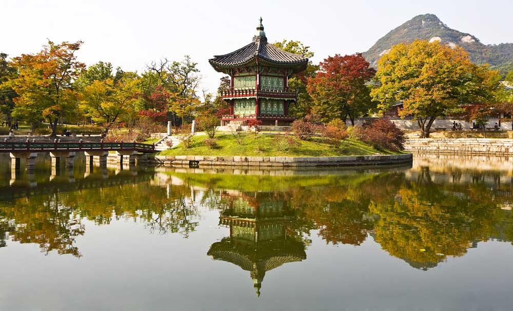 Autumn @ Gyeongbokgung in Seoul, Korea