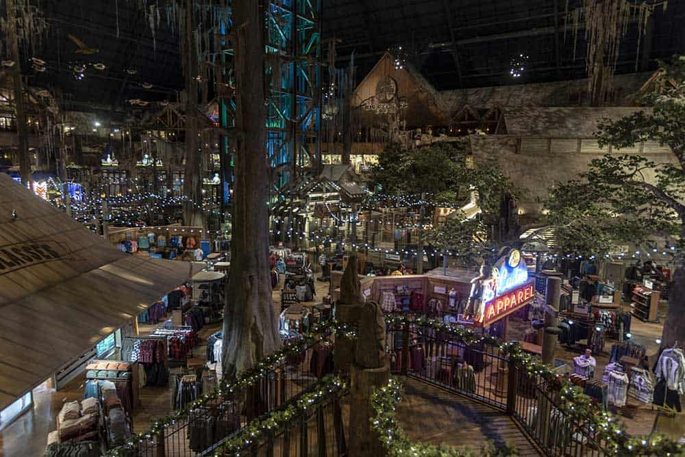 Bass Pro Shops at the Pyramid
