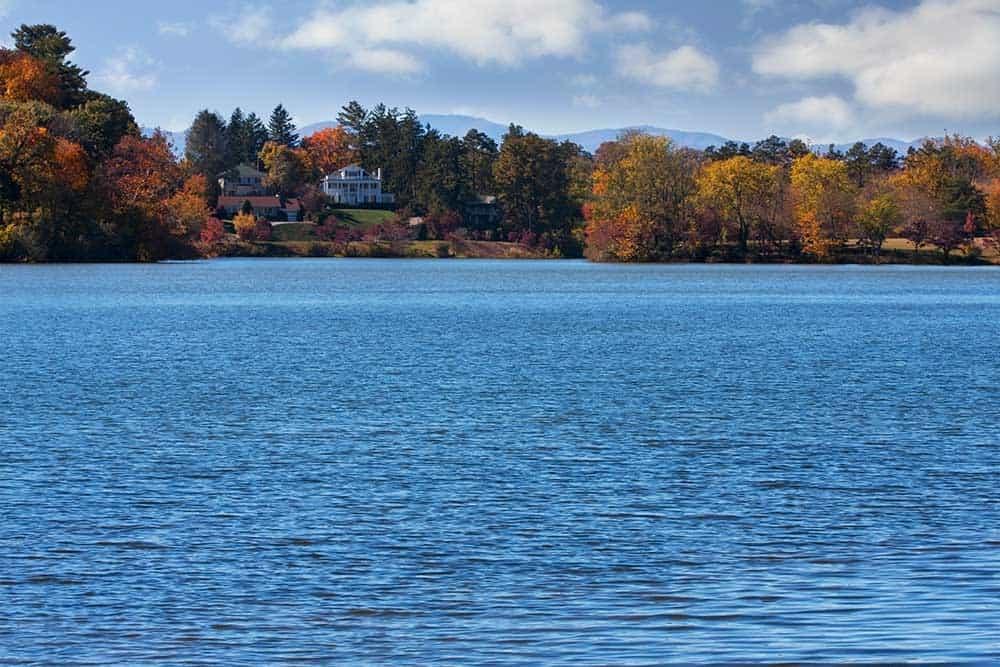 Beaver Lake in North Asheville