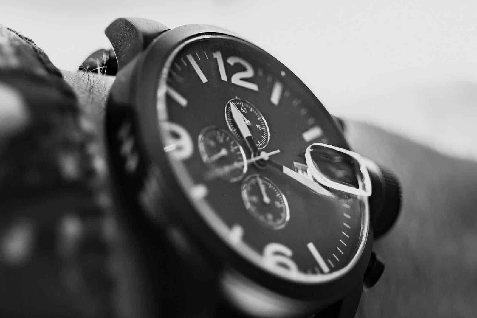 10 Best Travel Watches For Men Of 2018 Men S Travel Watch Guide