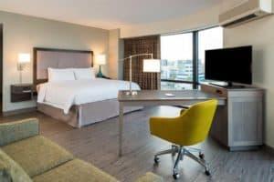 Hampton Inn & Suites Midtown