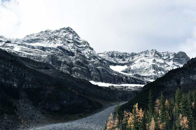 Hiking in Lake Louise