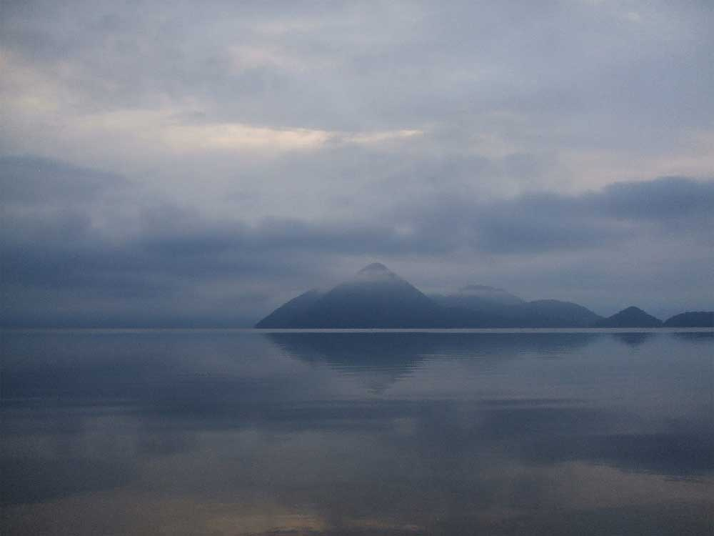 Mist over Lake Toya