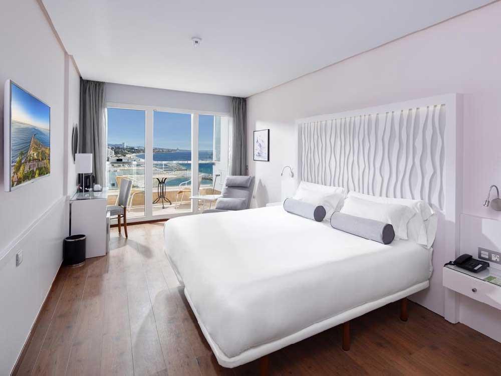 Room Amare Beach Hotel Marbella