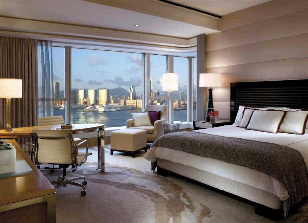 Room @ Four Seasons Hotel Hong Kong
