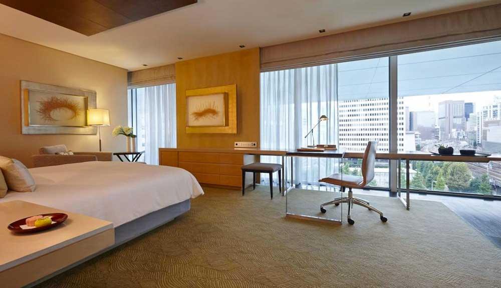 Room @ Four Seasons Hotel Tokyo at Marunouchi in Tokyo, Japan