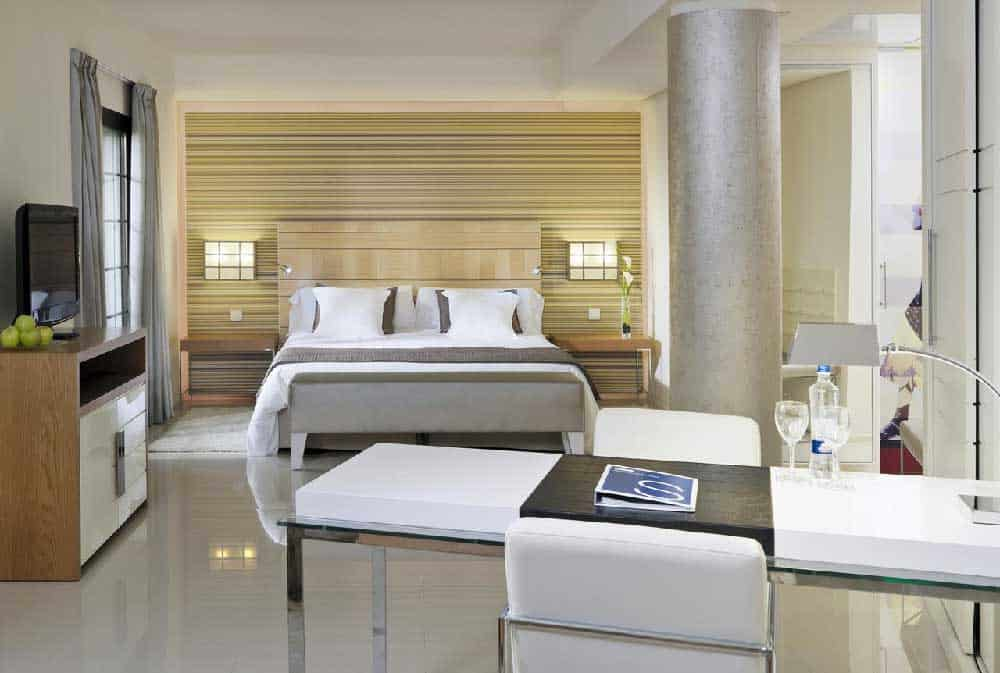 Room H10 Andalucia Plaza