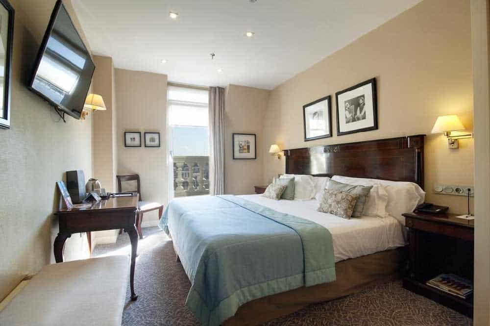 Room Hotel de Londres y de Inglaterra