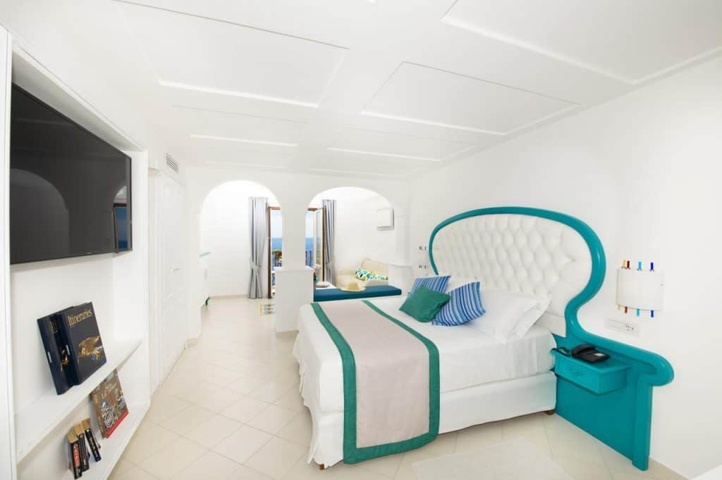 Room Hotel Eden Roc Suites