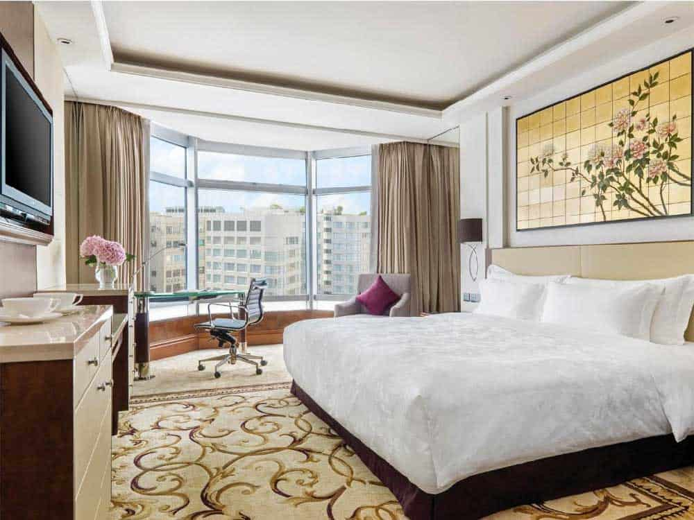 Room @ The Langham Hong Kong in Kowloon, Hong Kong