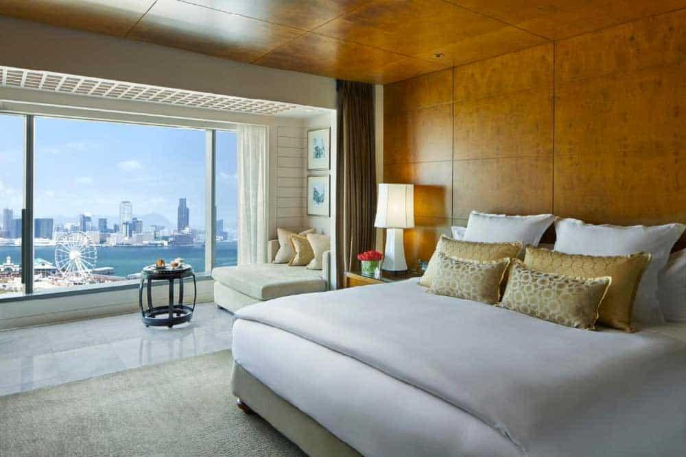 Room @ Mandarin Oriental Hong Kong