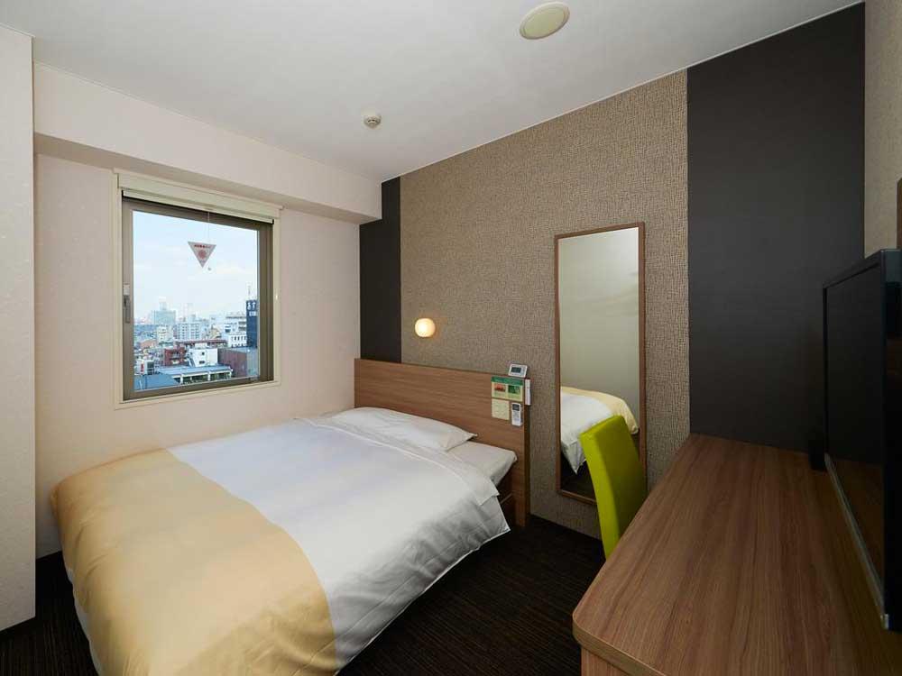 Room @ Super Hotel Shinjuku Kabukicho in Tokyo, Japan