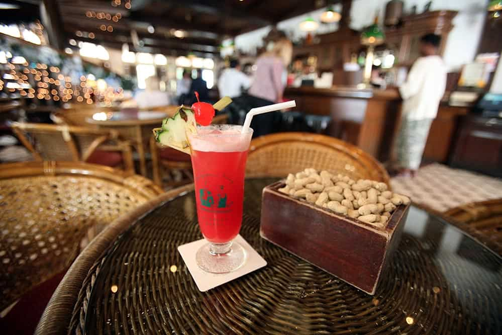 Singapore Sling at Long Bar in Raffles Hotel