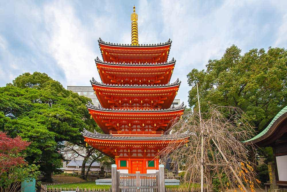 Tocho-ji Temple in Fukuoka