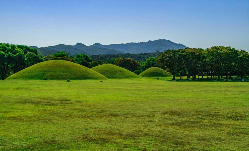 Tumuli Park in Gyeongju