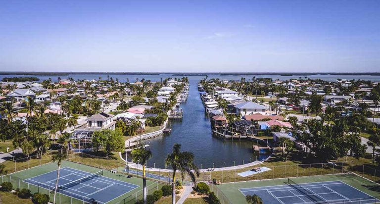 Where to Stay in Fort Myers, FL