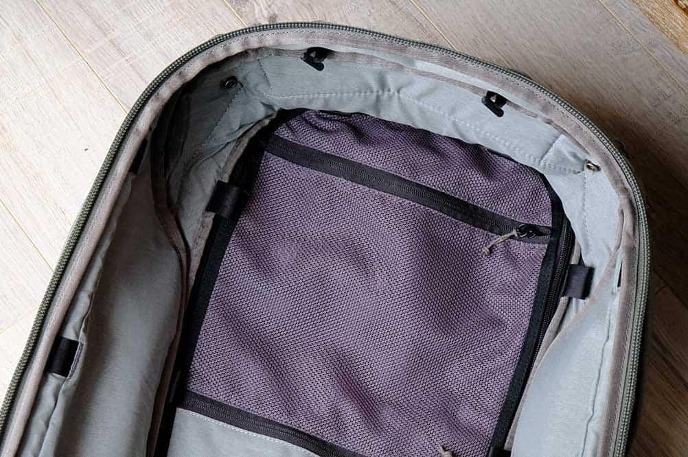 Zippered Compartment - Peak Design